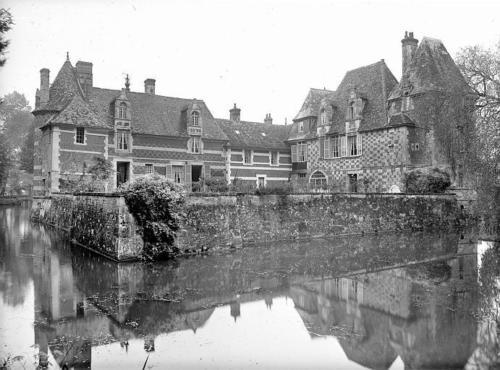 victot-pontfol-chateau